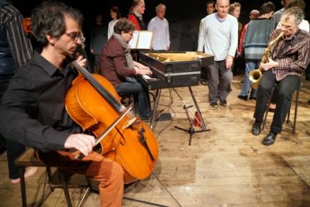 Le trio et Bernard Menaut